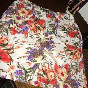 gorgeous floral SKORT sz 4 stretch